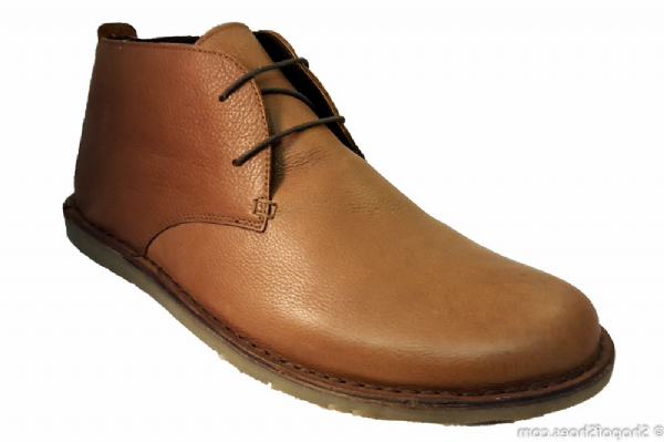 Lightweight Spring mens leather chukka boot in Tan leather.